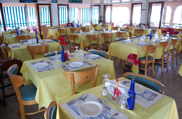 Glistening Waters Restaurant