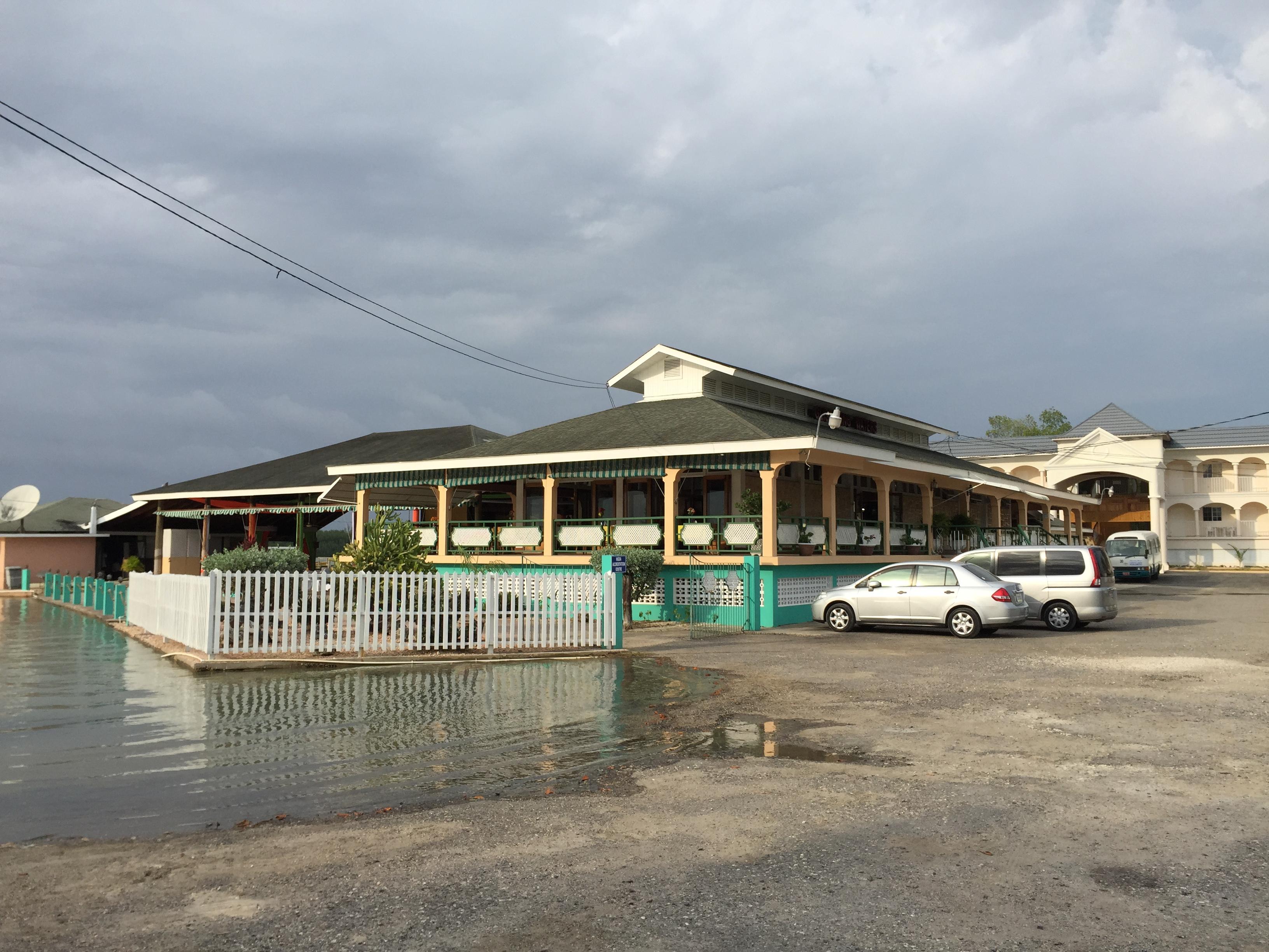Glistening Waters Restaurant & Hotel